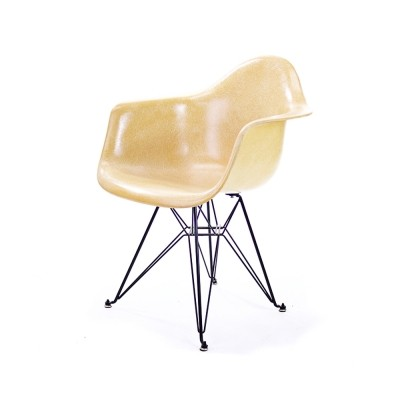 DAR lounge chair by Charles & Ray Eames for Herman Miller, 1950s
