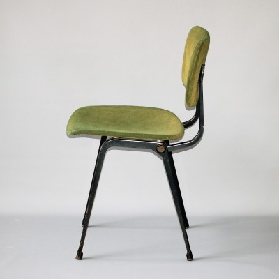 Revolt dinner chair from the sixties by Friso Kramer for Ahrend de Cirkel