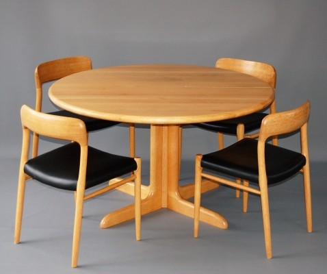 No 75 Oak dinner set from the fifties by Niels Otto Møller for J L Møller