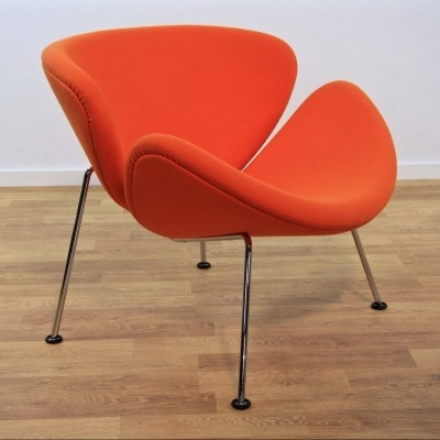 Orange Slice F437 lounge chair from the seventies by Pierre Paulin for Artifort