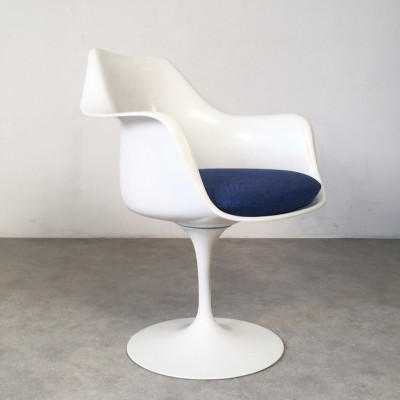 Set of 2 Tulip arm chairs from the sixties by Eero Saarinen for Knoll