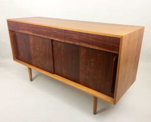 Unit B sideboard by Robin Day for Hille, 1950s