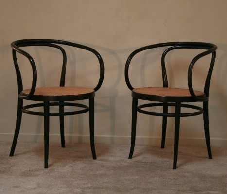 Model 209 arm chair from the seventies by August Thonet for Thonet