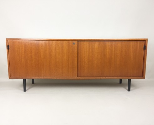 Sideboard from the fifties by Florence Knoll for Knoll International