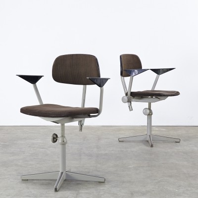 Set of 2 office chairs from the fifties by Friso Kramer for Ahrend de Cirkel