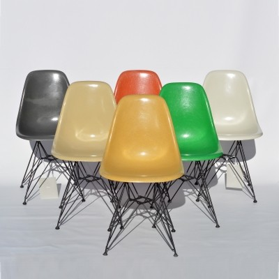 Set of 6 Eames Dining Side Chairs DSR with Vitra Eiffel Bases