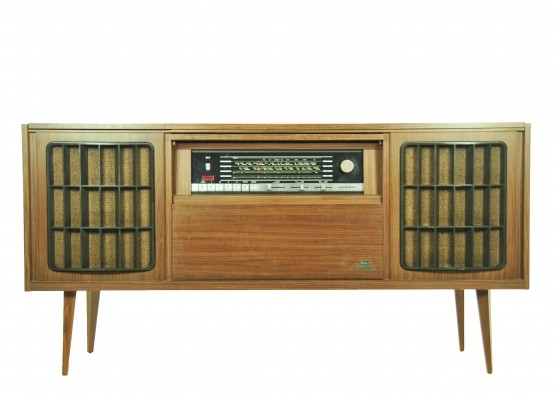 Bergamo 5 sideboard from the seventies by unknown designer for Grundig