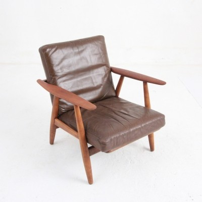 GE240 lounge chair from the fifties by Hans Wegner for Getama