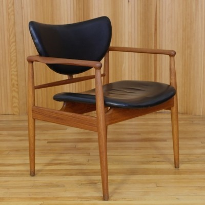 NV-48 arm chair from the forties by Finn Juhl for Niels Vodder