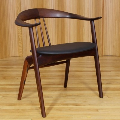 Arm chair from the fifties by Hovmand Olsen for Mogens Kold