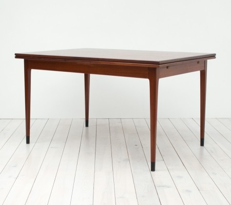 Model No. 9 dining table from the sixties by Niels O. Møller for J L Møller