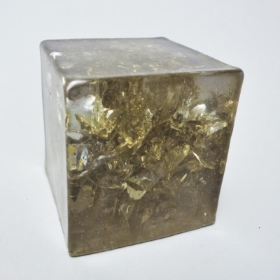 Cube Paper weight in fractal resin from the seventies by Pierre Giraudon for Pierre Giraudon