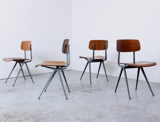 Set of 4 1st edition Result dinner chairs from the fifties by Friso Kramer & Wim Rietveld for Ahrend de Cirkel