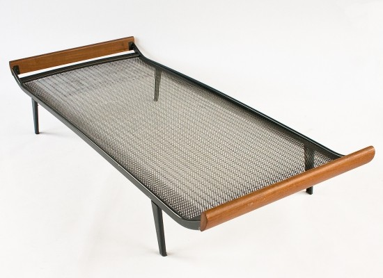 5 Cleopatra daybeds from the sixties by André Cordemeyer for Auping