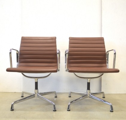 Set of 2 EA108 office chairs from the nineties by Charles & Ray Eames for Vitra