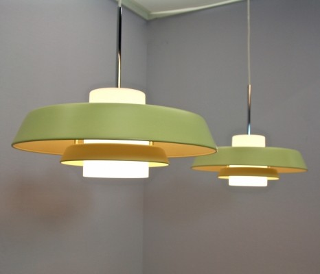 Set of 2 hanging lamps from the eighties by unknown designer for unknown producer