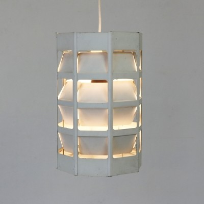 Lyskurv hanging lamp from the sixties by Poul Gernes for Louis Poulsen