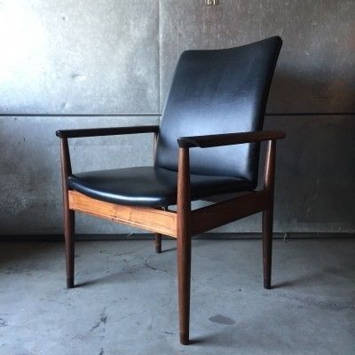 4 Rosewood Diplomat arm chairs from the sixties by Finn Juhl for France & Daverkosen
