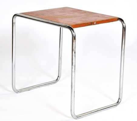 B9 side table from the thirties by Marcel Breuer for Thonet