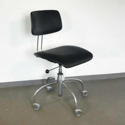Office chair from the sixties by unknown designer for Drabert