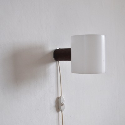 Wall lamp by Uno & Östen Kristiansson for Luxus Vittsjö, 1950s