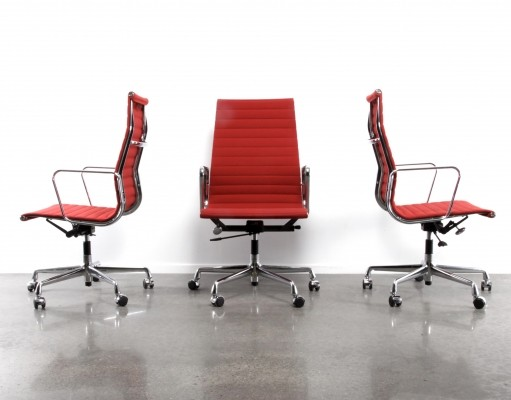 3 EA119 Alugroup office chairs from the nineties by Charles & Ray Eames for Vitra