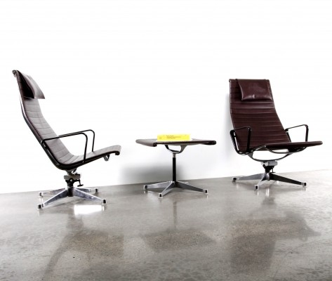 Set of 3 EA124 + EA125 Alugroup lounge chairs from the seventies by Charles & Ray Eames for Herman Miller