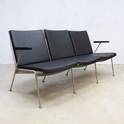 Oase sofa from the fifties by Wim Rietveld for Ahrend de Cirkel