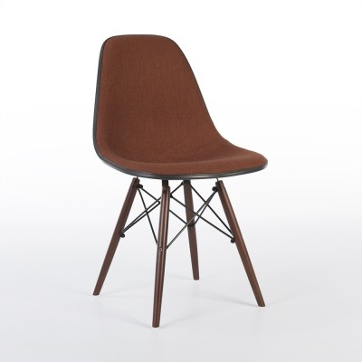 26 DSW Dowel Leg Side Chair dinner chairs from the seventies by Charles & Ray Eames & Alexander Girard for Herman Miller