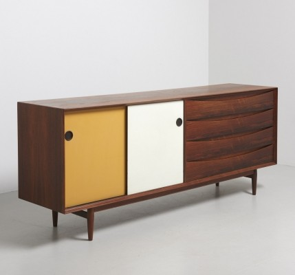 Sideboard from the fifties by Arne Vodder for Sibast