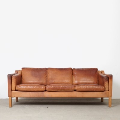 Model 2323 sofa from the seventies by Børge Mogensen for Fredericia Stolefabrik