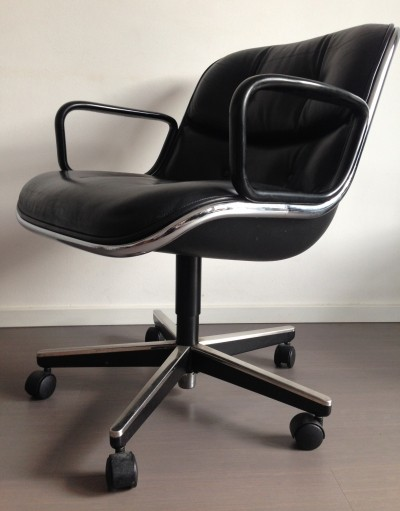 2 office chairs from the sixties by Charles Pollock for Knoll