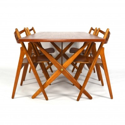 AT-303 Sawbuck dinner set from the fifties by Hans Wegner for Carl Hansen & Son