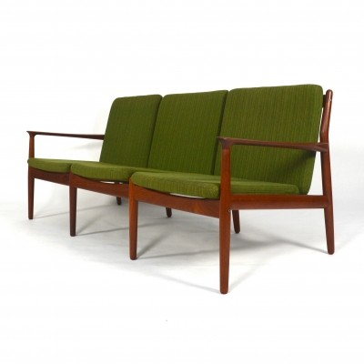 Sofa from the sixties by Grete Jalk for Glostrup Møbelfabrik