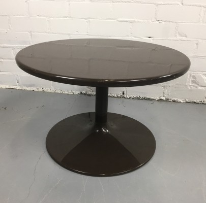 Tulip coffee table from the seventies by unknown designer for Artifort