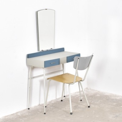 Dressing table & chair from the fifties by unknown designer for unknown producer