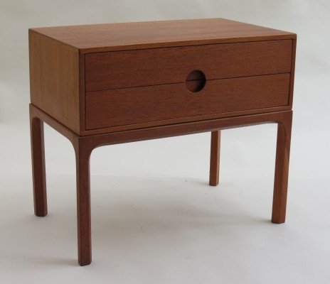 Model 384 chest of drawers from the fifties by Aksel Kjersgaard for Aksel Kjersgaard