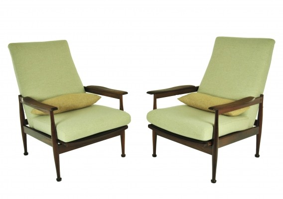 Set of 2 The Manhattan lounge chairs from the sixties by Guy Rogers for unknown producer