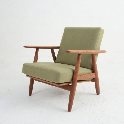 GE 240 lounge chair from the fifties by Hans Wegner for Getama