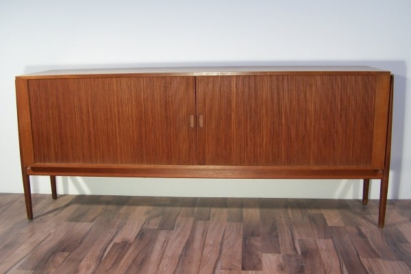 NV54 sideboard by Finn Juhl for Niels Vodder, 1950s