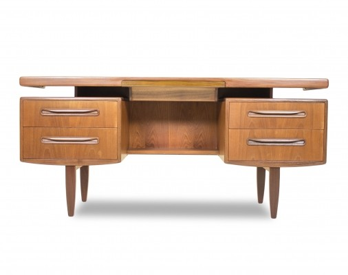 5 Fresco writing desks from the sixties by Victor Wilkins for G plan