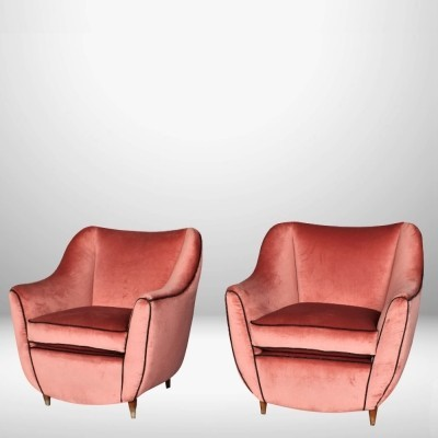 Italian Midcentury set of Pink Armchairs