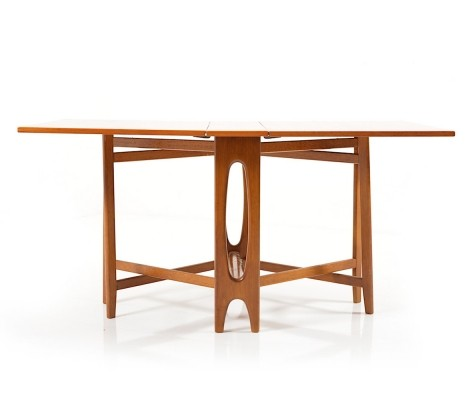 Drop-Leaf dining table by Bendt Winge for Kleppes Møbelfabrikk, 1960s