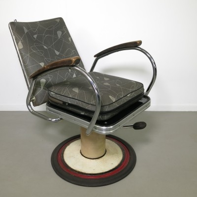 Barber arm chair from the fifties by unknown designer for Mercedes Grunberg