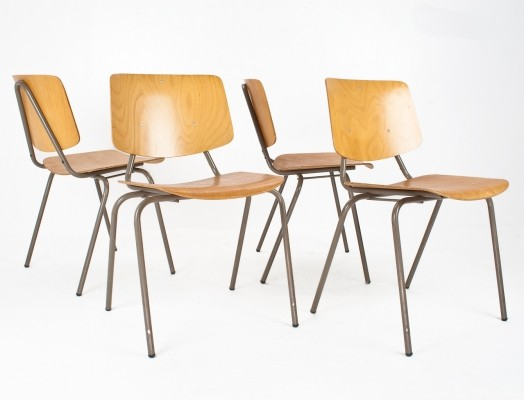 19 model 305 dinner chairs from the fifties by Kho Liang Ie for CAR Catwijk