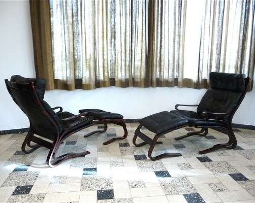 Pair of Scandinavian Leather Lounge Chairs & Ottoman by Hove Møbler, 1970s