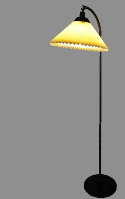 2 Model 368 floor lamps from the seventies by Flemming Agger for Le Klint