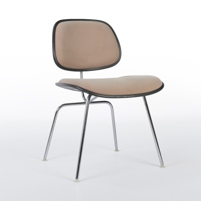 DCM dinner chair from the eighties by Charles & Ray Eames for Herman Miller