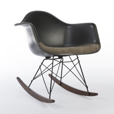 Grey RAR rocking chair from the seventies by Charles & Ray Eames & Alexander Girard for Herman Miller