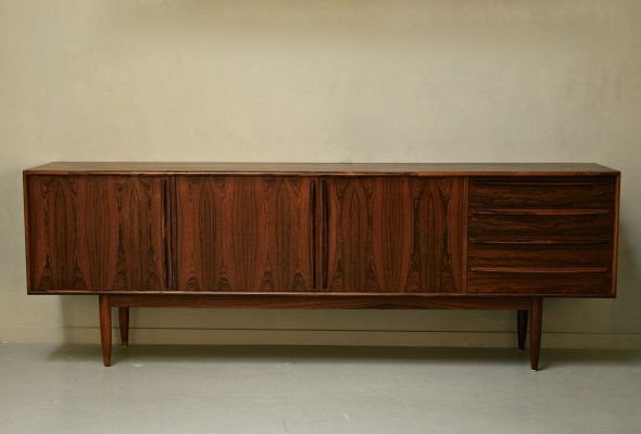 Palisander sideboard from the fifties by Bernt Petersen for unknown producer